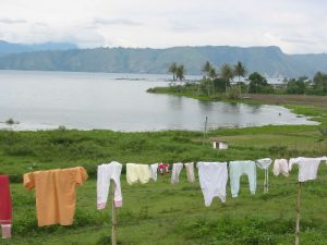 Laundry on the lake with volcano